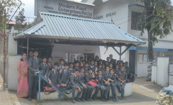 Field Trip of Class 9-12 to Modern Bread